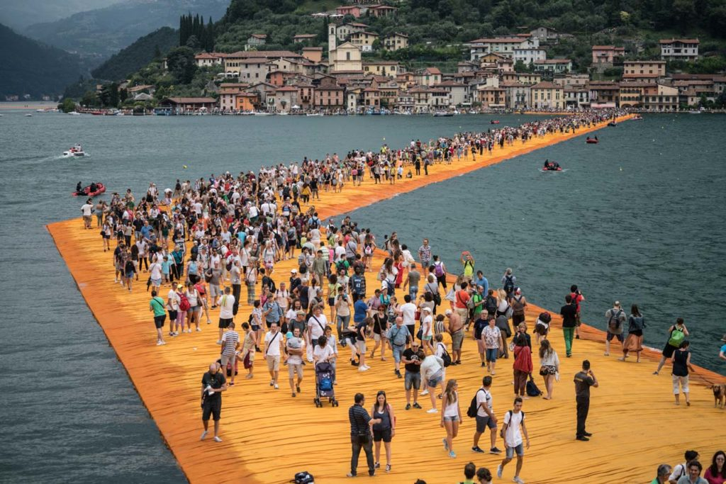 documentario the floating piers christo
